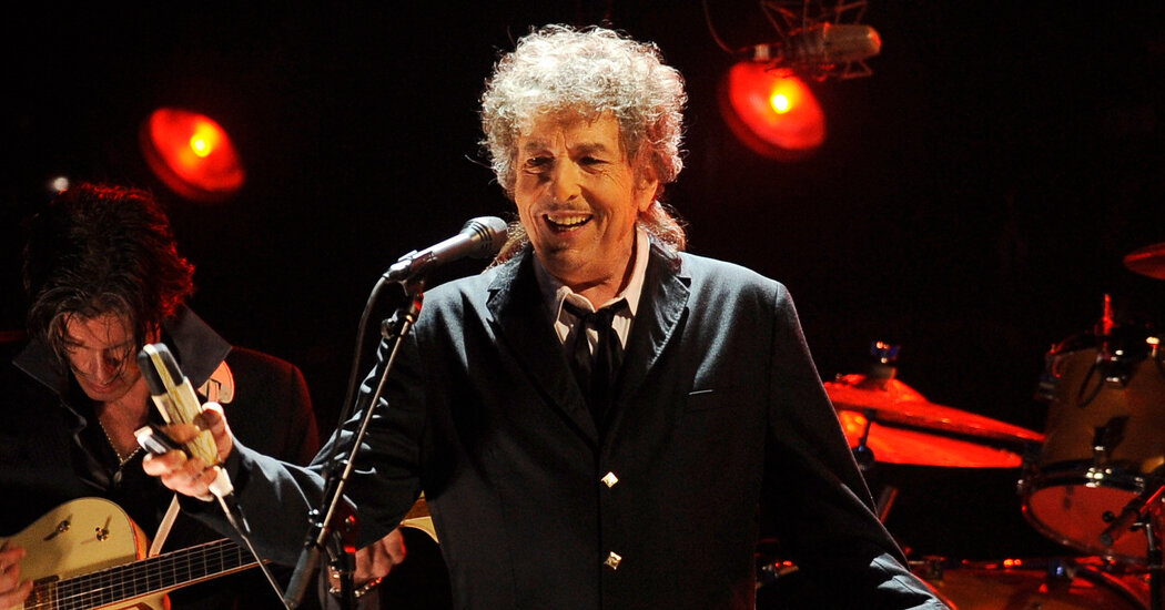 bob-dylan-sells-his-songwriting-catalog-in-blockbuster-deal