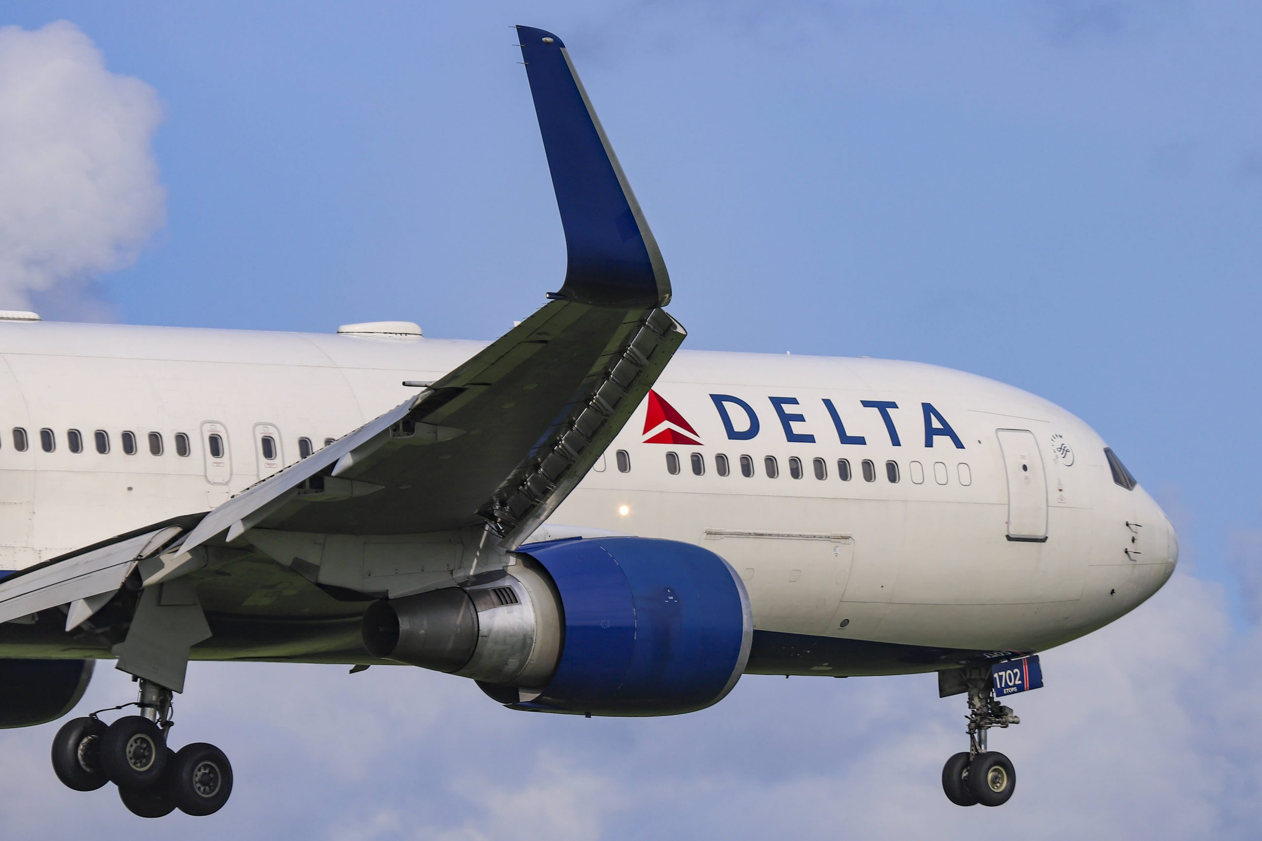 delta-british-airways-to-require-covid-tests-for-london-new-york-flights-after-cuomo-request