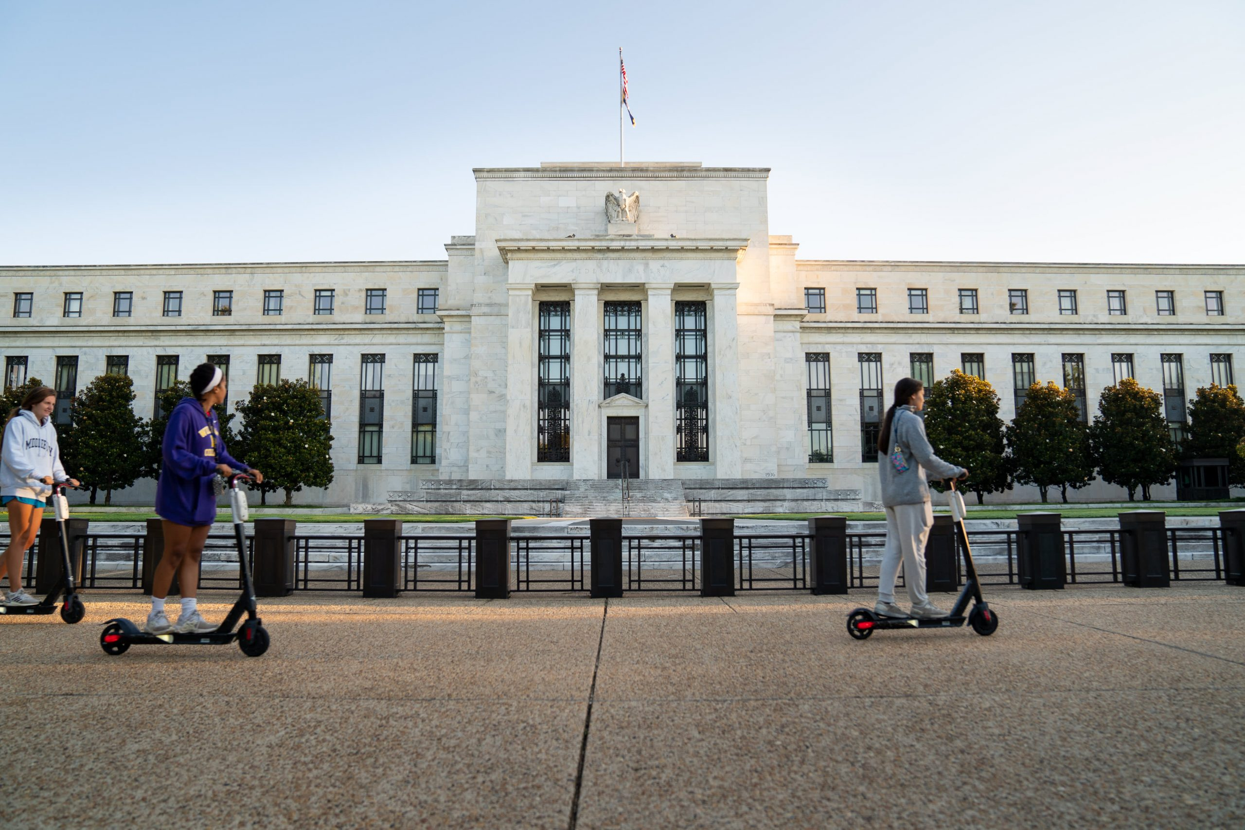 fed-raises-its-economic-outlook-slightly-sees-4-2-growth-next-year-and-5-unemployment-rate