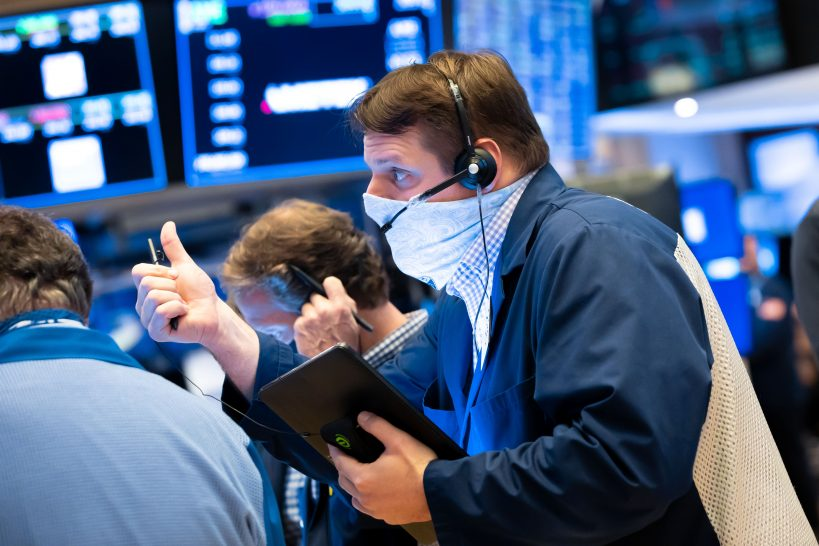stock-futures-flat-after-sp-500-suffers-first-negative-start-to-a-year-since-2016