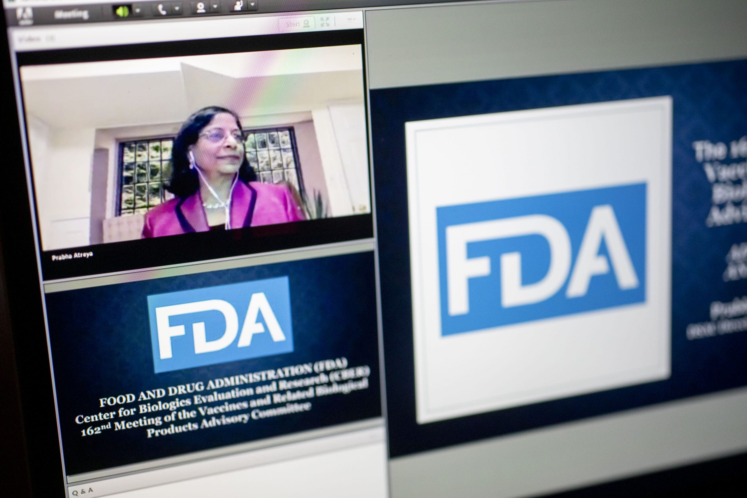 fda-advisory-panel-meets-right-now-to-vote-on-whether-or-not-to-suggest-approval-of-pfizers-covid-vaccine
