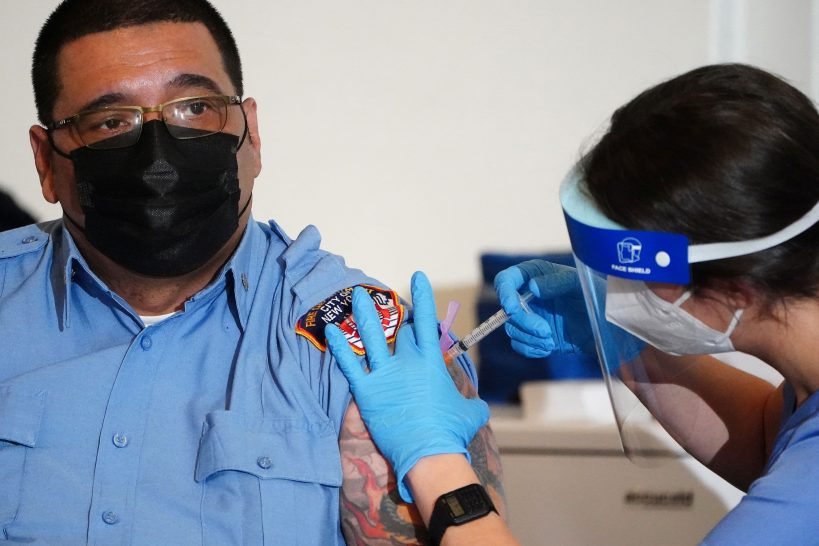 new-york-mayor-de-blasio-wants-to-immunize-1-million-residents-in-january-2