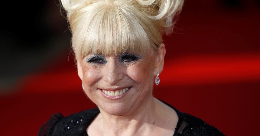 barbara-windsor-beloved-british-tv-and-film-star-dies-at-83