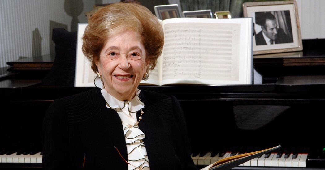 fanny-waterman-doyenne-of-the-leeds-piano-competition-dies-at-100