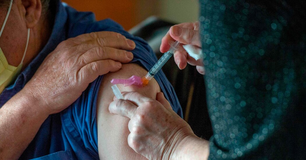 boston-doctor-develops-severe-allergic-reaction-after-getting-moderna-vaccine