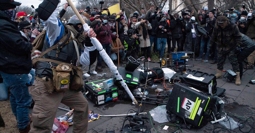 11-journalists-on-covering-the-capitol-siege-this-could-get-ugly