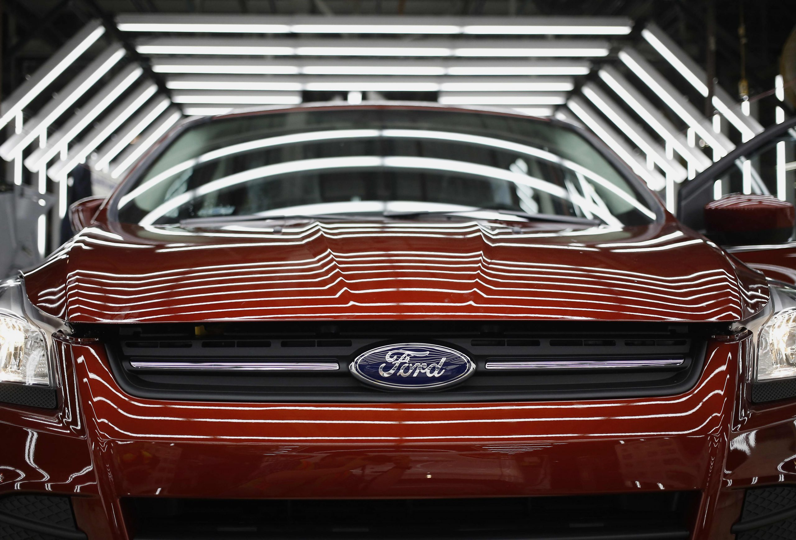semiconductor-shortage-causes-ford-and-nissan-to-cut-vehicle-production