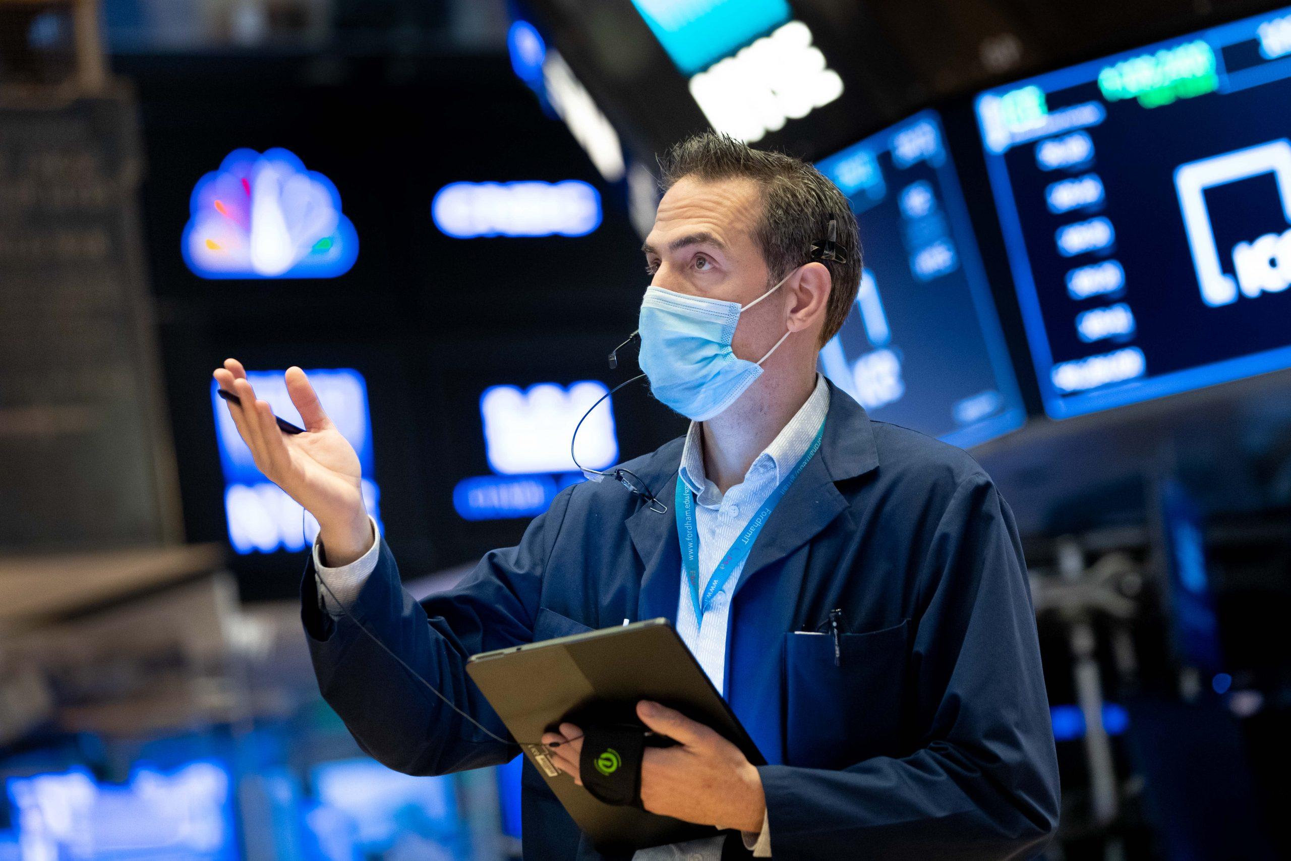 stock-futures-are-flat-amid-turmoil-at-u-s-capitol