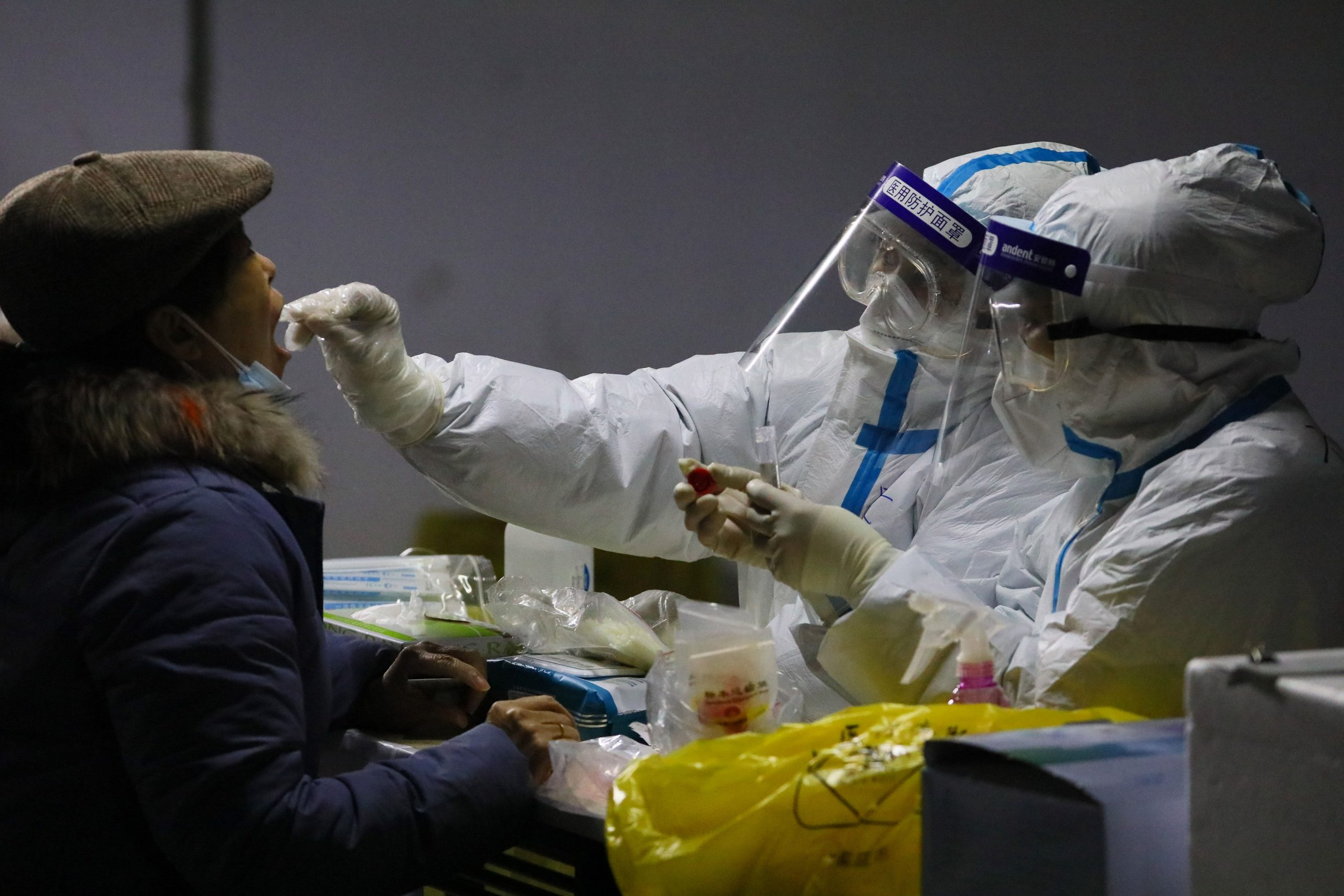 more-parts-of-china-lock-down-as-virus-cases-spike-ahead-of-who-visit