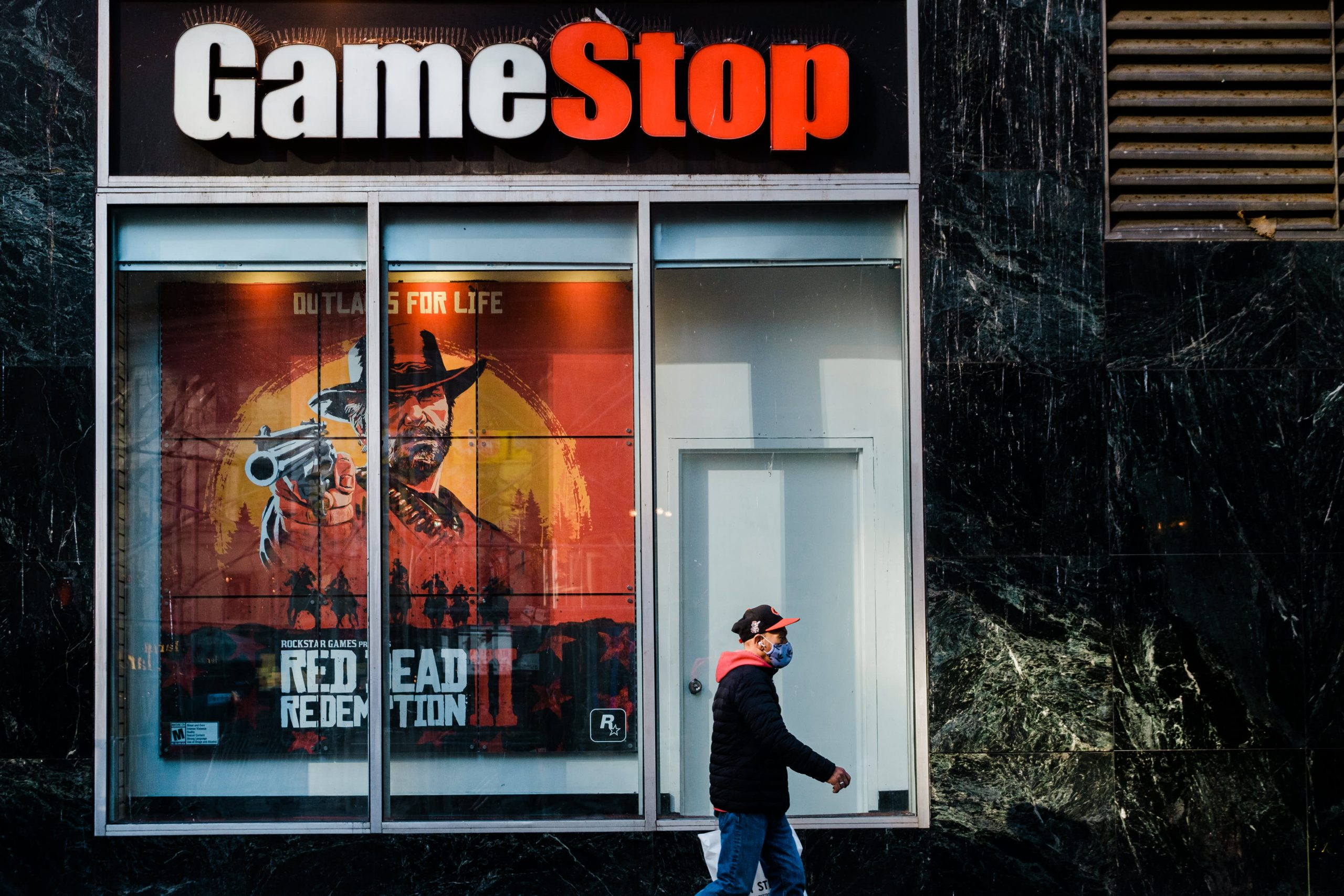 gamestops-surge-has-made-its-3-largest-shareholders-billions-overnight