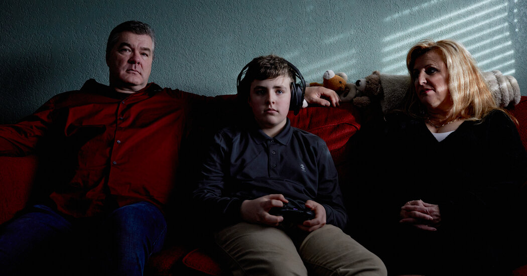 childrens-screen-time-has-soared-in-the-pandemic-alarming-parents-and-researchers