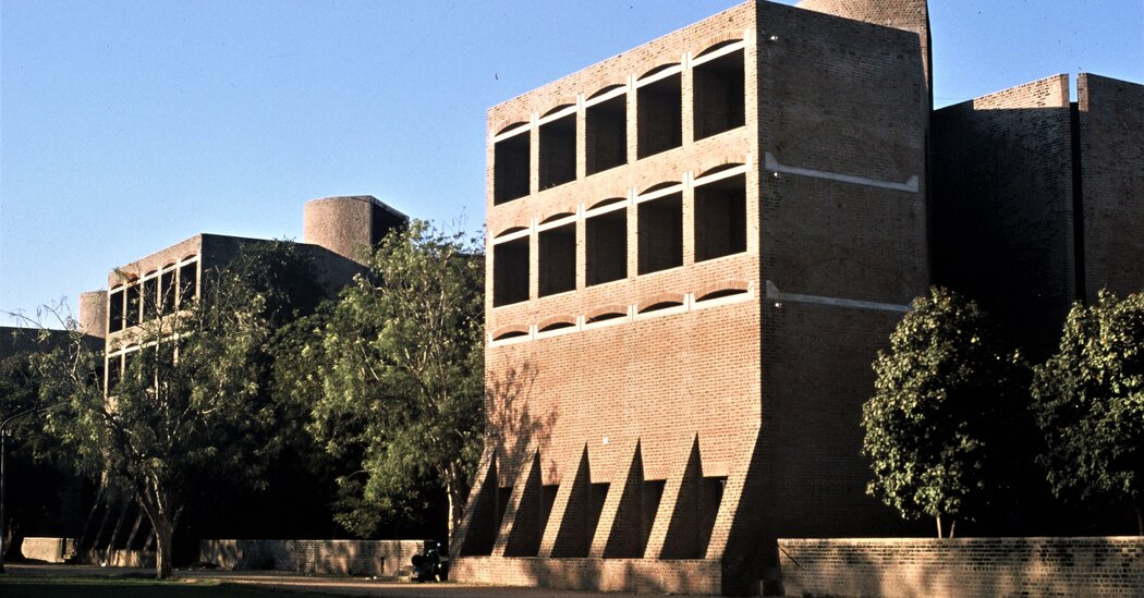 louis-kahn-designed-dorms-in-india-may-be-razed