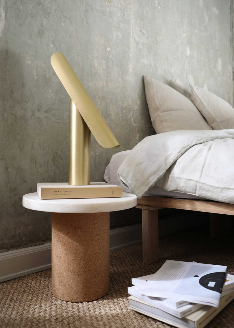 the-modern-timeless-t-lamp