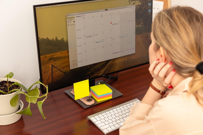 best-compact-desk-on-amazon-cubicubi-writing-desk-review