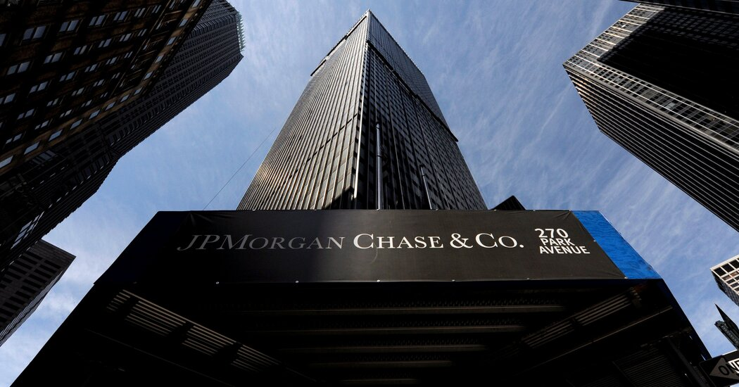 citigroup-goldman-sachs-and-others-pause-their-political-contributions