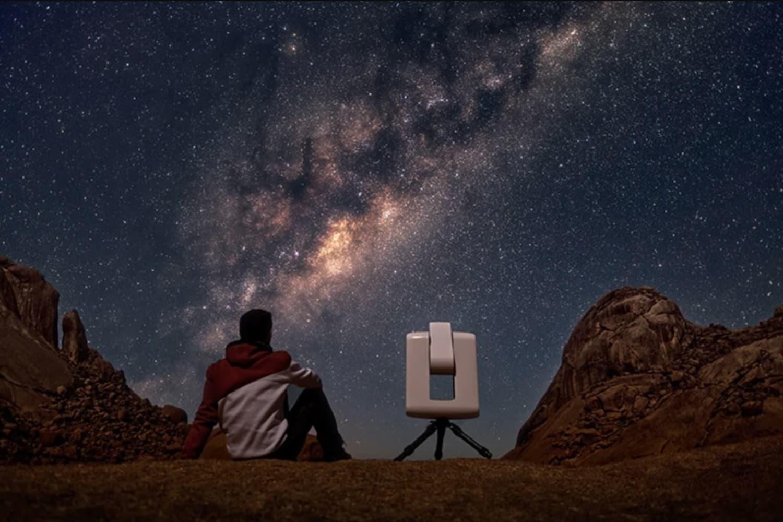 vaonis-introduces-vespera-a-smartphone-telescope-and-camera-hybrid