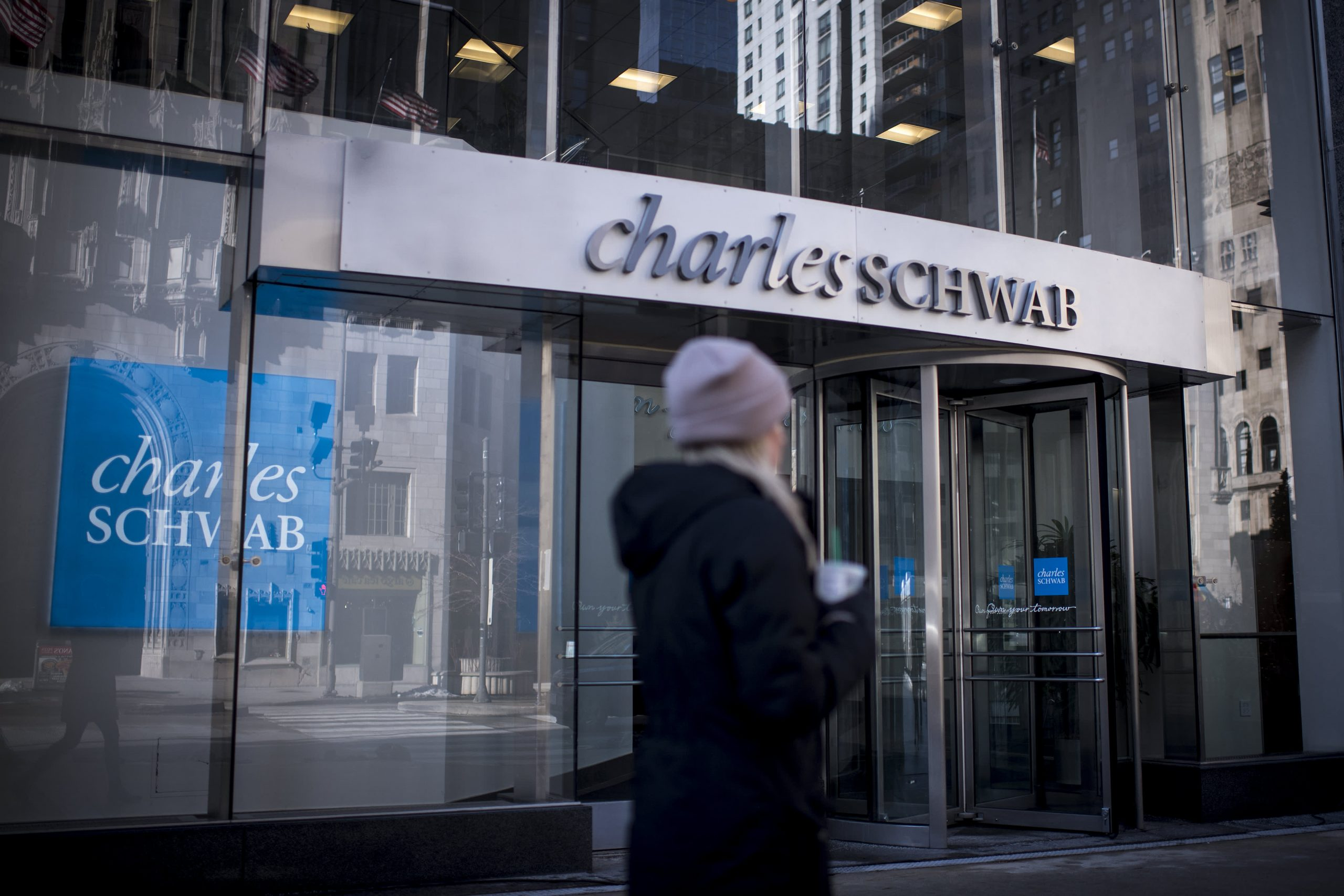 charles-schwab-lays-off-200-more-employees-amid-td-ameritrade-integration