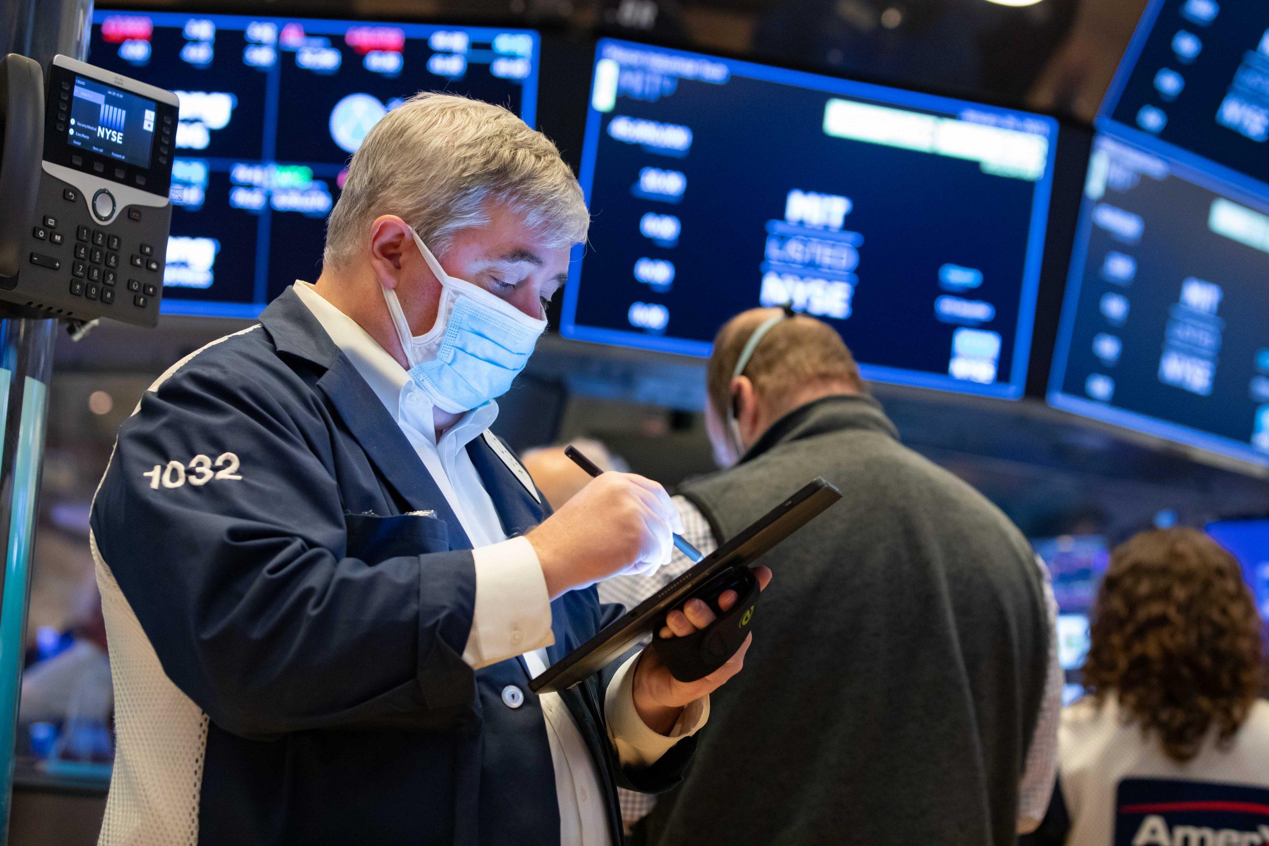 powerful-corporate-profits-have-investors-cheering