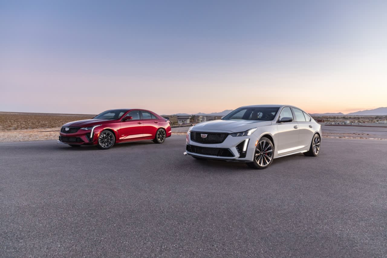 gm-unveils-cadillac-ct4-v-and-ct5-v-blackwing-performance-sedans