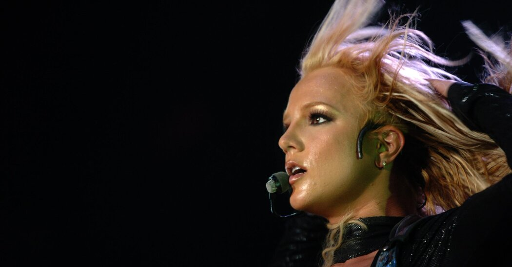sorry-britney-media-is-criticized-for-past-coverage-and-some-own-up