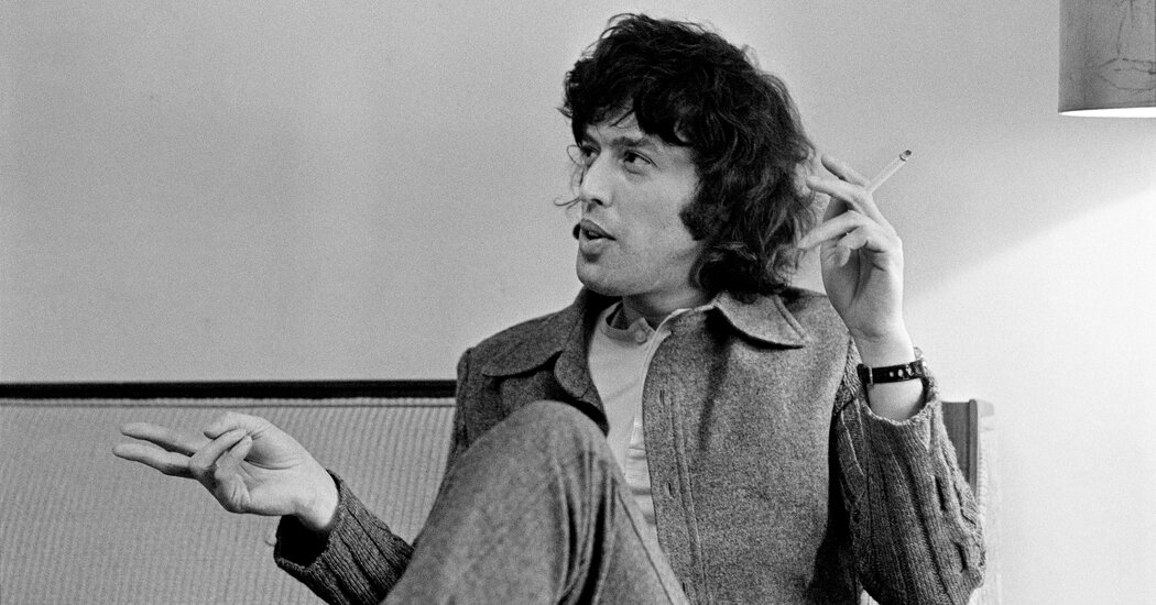 tom-stoppard-tells-of-an-enormous-life-spent-in-constant-motion