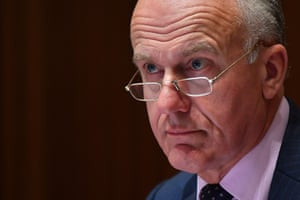 australia-news-live-wa-premier-says-flights-from-india-set-to-be-suspended-due-to-covid-crisis-as-morrison-government-considers-aid-australia-news