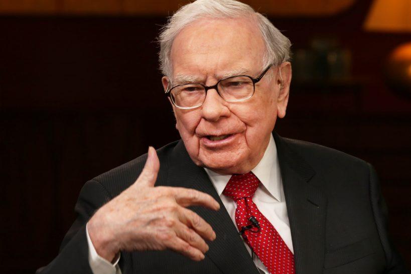 warren-buffett-says-robinhood-is-catering-to-the-gambling-instincts-of-investors