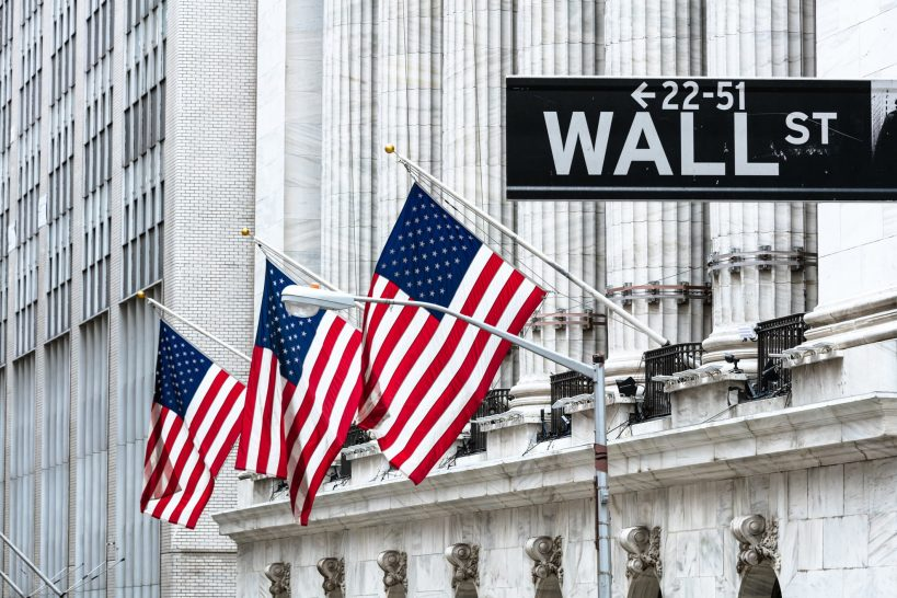 u-s-banks-are-poised-for-record-level-earnings-in-2021-says-iif