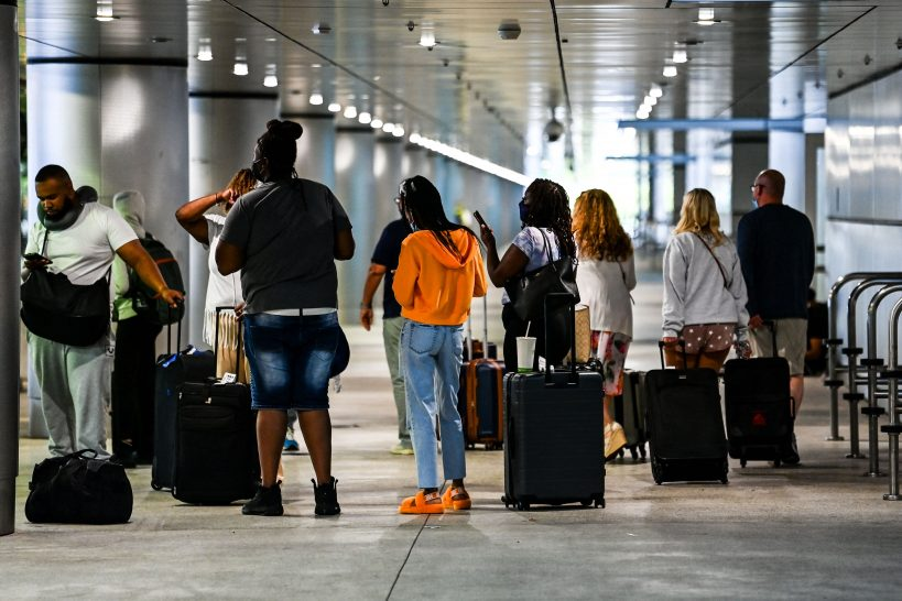 u-s-covid-cases-lowest-in-a-year-as-memorial-day-travel-picks-up