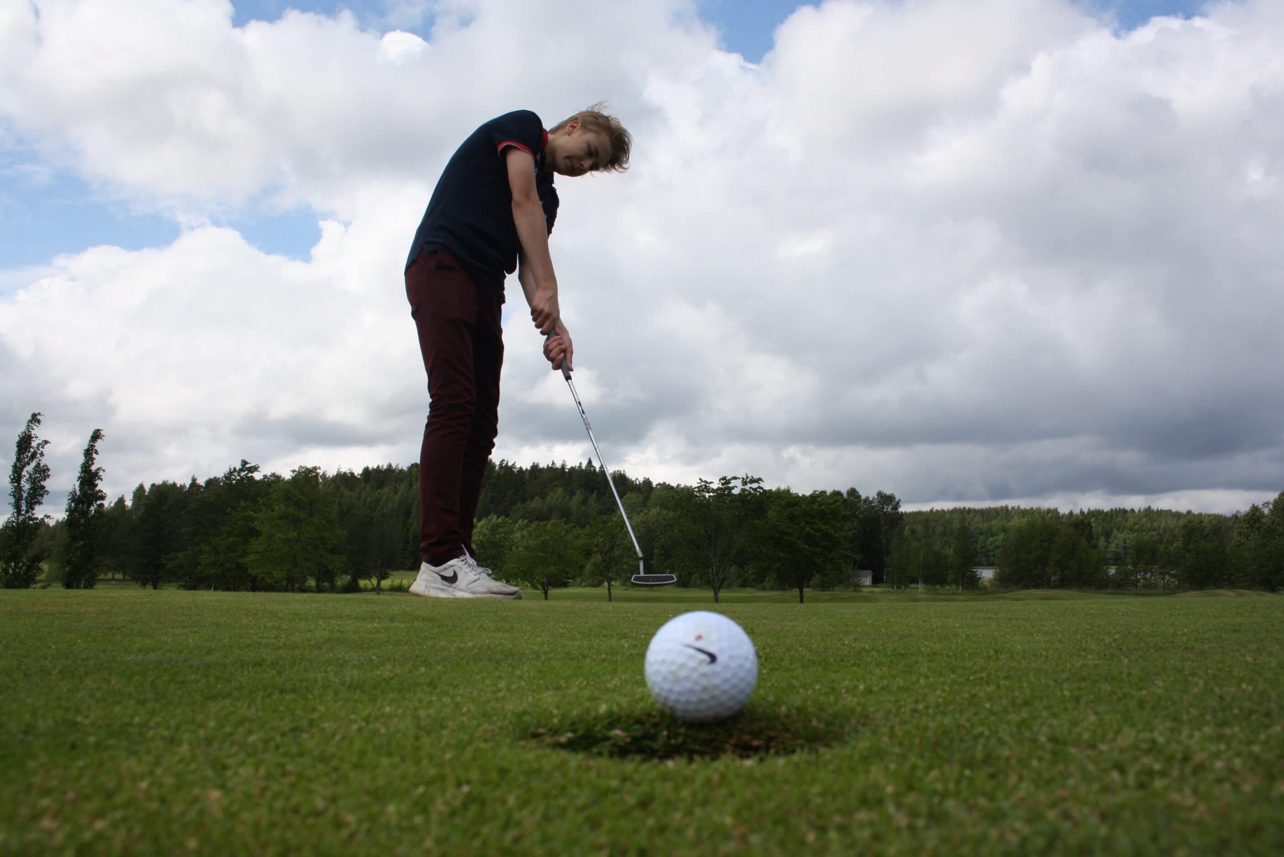 why-golf-club-maker-callaway-is-moving-away-from-the-fairway