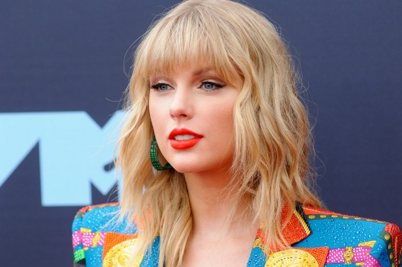 everything-we-know-about-taylor-swifts-red-rerecorded-album