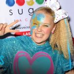 """JoJo Siwa Comes Out By Wearing """"Best Gay Cousin"""" T-Shirt 